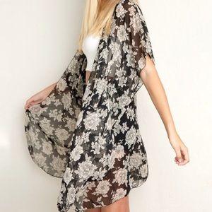 Brandy Melville Alexis Floral Kimono